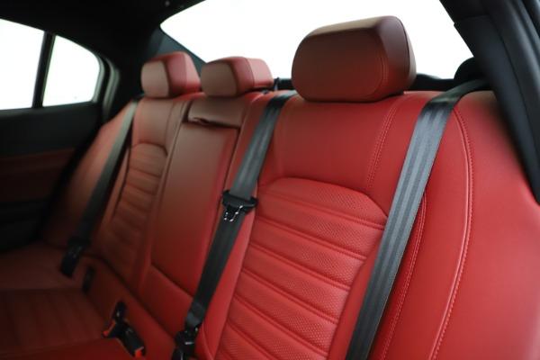 New 2020 Alfa Romeo Giulia Ti Sport Q4 for sale Sold at Maserati of Westport in Westport CT 06880 17