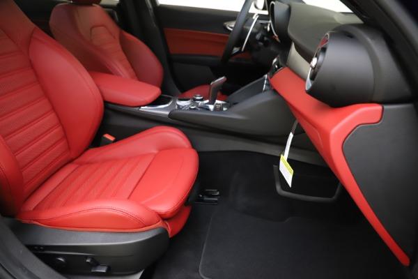 New 2020 Alfa Romeo Giulia Ti Sport Q4 for sale Sold at Maserati of Westport in Westport CT 06880 23
