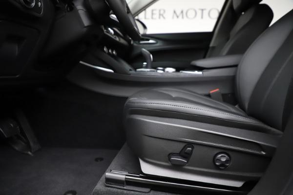 New 2020 Alfa Romeo Stelvio Sport Q4 for sale $50,795 at Maserati of Westport in Westport CT 06880 14