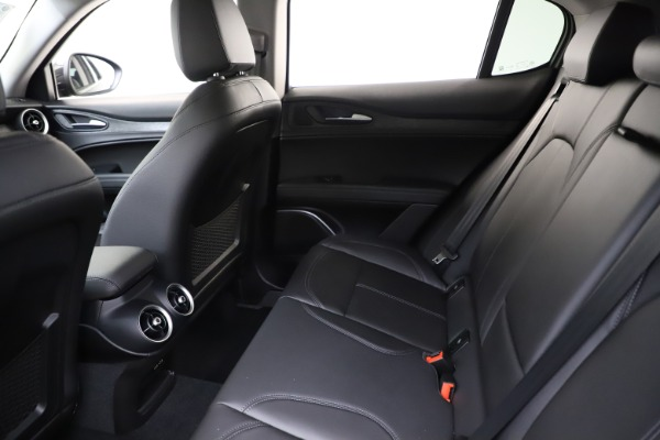New 2020 Alfa Romeo Stelvio Sport Q4 for sale $50,795 at Maserati of Westport in Westport CT 06880 19