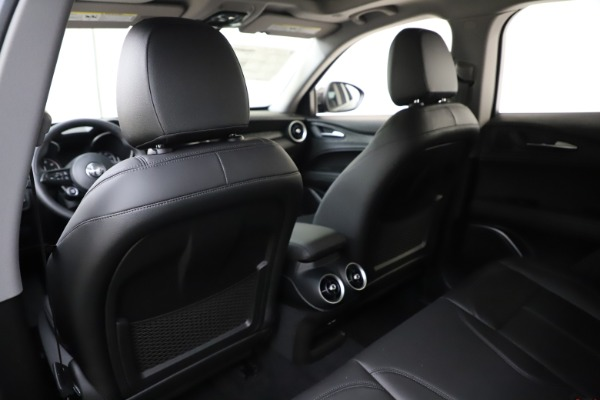 New 2020 Alfa Romeo Stelvio Sport Q4 for sale $50,795 at Maserati of Westport in Westport CT 06880 20