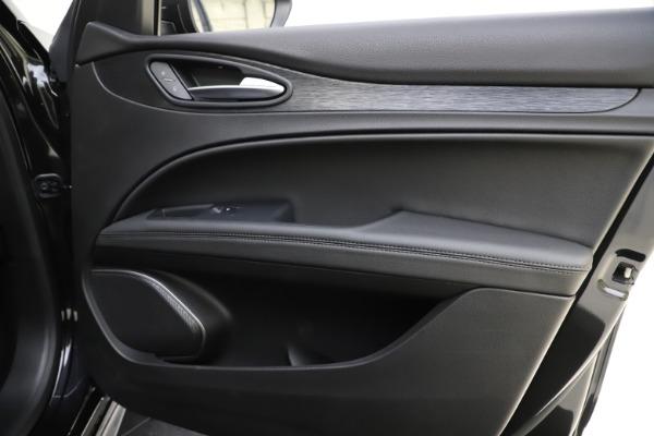 New 2020 Alfa Romeo Stelvio Sport Q4 for sale $50,795 at Maserati of Westport in Westport CT 06880 25