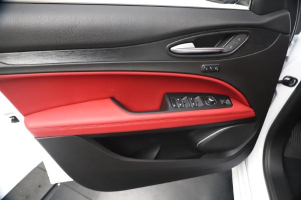 New 2020 Alfa Romeo Stelvio Sport Q4 for sale $50,195 at Maserati of Westport in Westport CT 06880 17