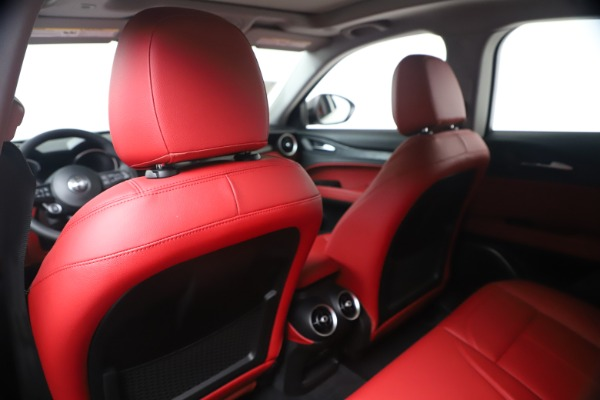 New 2020 Alfa Romeo Stelvio Sport Q4 for sale $50,195 at Maserati of Westport in Westport CT 06880 20