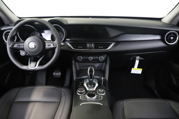 New 2020 Alfa Romeo Stelvio Sport Q4 for sale $50,495 at Maserati of Westport in Westport CT 06880 16