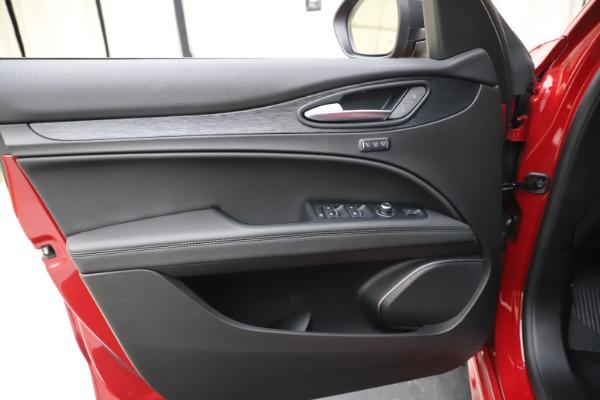 New 2020 Alfa Romeo Stelvio Sport Q4 for sale $50,495 at Maserati of Westport in Westport CT 06880 17