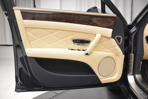 Used 2016 Bentley Flying Spur W12 for sale Sold at Maserati of Westport in Westport CT 06880 16