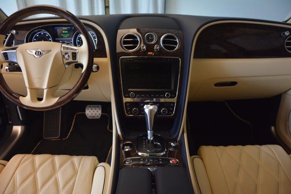 Used 2016 Bentley Flying Spur W12 for sale Sold at Maserati of Westport in Westport CT 06880 22