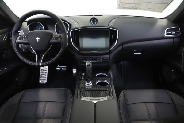 New 2019 Maserati Ghibli S Q4 GranSport for sale $100,695 at Maserati of Westport in Westport CT 06880 16