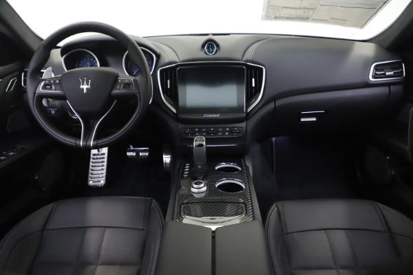 New 2019 Maserati Ghibli SQ4 GranSport for sale $100,695 at Maserati of Westport in Westport CT 06880 16