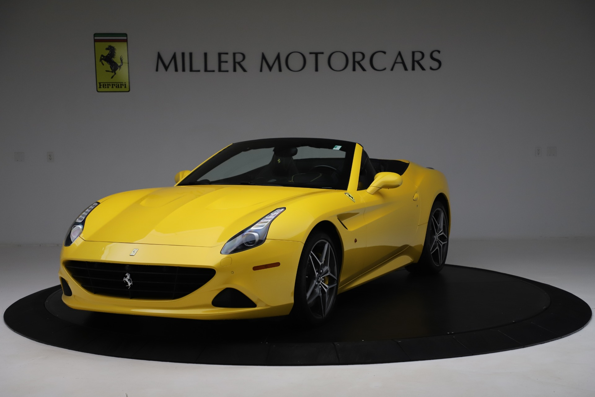 Used 2015 Ferrari California T for sale Sold at Maserati of Westport in Westport CT 06880 1
