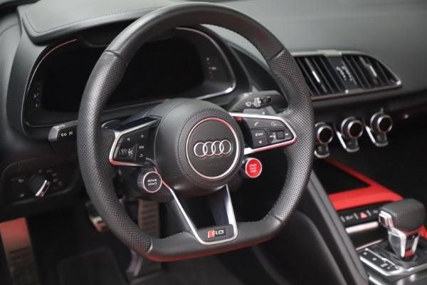 Used 2017 Audi R8 5.2 quattro V10 Spyder for sale Sold at Maserati of Westport in Westport CT 06880 26