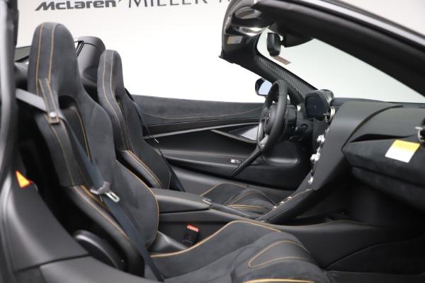 New 2020 McLaren 720S Spider Performance for sale $384,930 at Maserati of Westport in Westport CT 06880 26