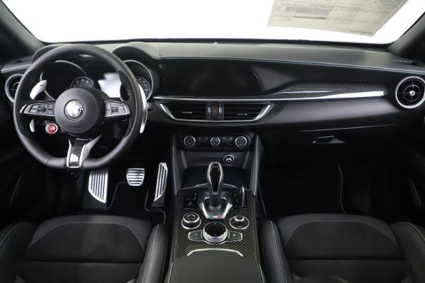 New 2020 Alfa Romeo Stelvio Quadrifoglio for sale $88,845 at Maserati of Westport in Westport CT 06880 16