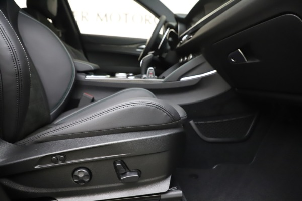 New 2020 Alfa Romeo Stelvio Quadrifoglio for sale $88,845 at Maserati of Westport in Westport CT 06880 23