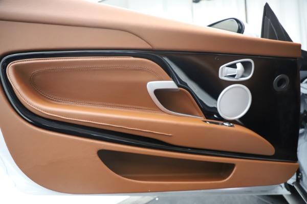 New 2020 Aston Martin DB11 Volante Convertible for sale $244,066 at Maserati of Westport in Westport CT 06880 15