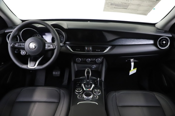 New 2020 Alfa Romeo Stelvio Sport Q4 for sale $49,695 at Maserati of Westport in Westport CT 06880 16