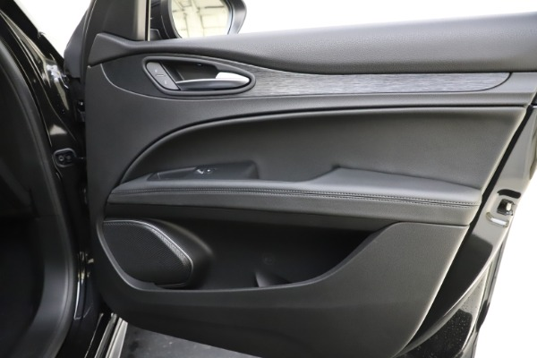 New 2020 Alfa Romeo Stelvio Sport Q4 for sale $49,695 at Maserati of Westport in Westport CT 06880 25