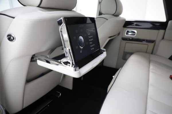 Used 2013 Rolls-Royce Phantom for sale Sold at Maserati of Westport in Westport CT 06880 15