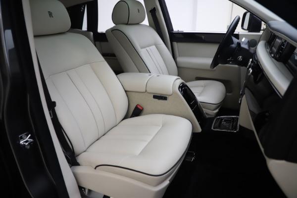 Used 2013 Rolls-Royce Phantom for sale Sold at Maserati of Westport in Westport CT 06880 19