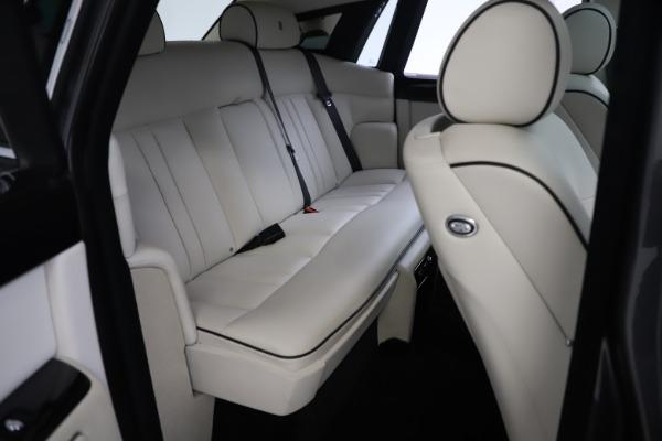 Used 2013 Rolls-Royce Phantom for sale Sold at Maserati of Westport in Westport CT 06880 20