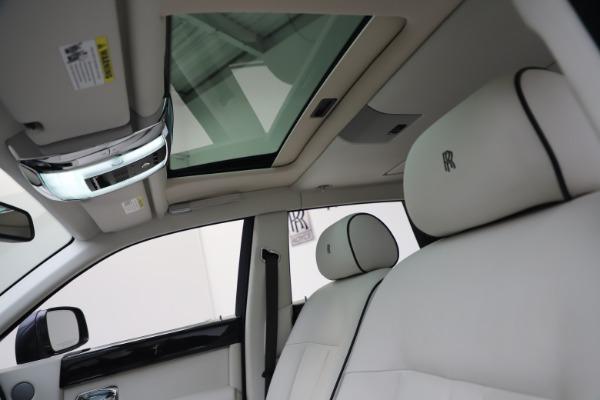 Used 2013 Rolls-Royce Phantom for sale Sold at Maserati of Westport in Westport CT 06880 21