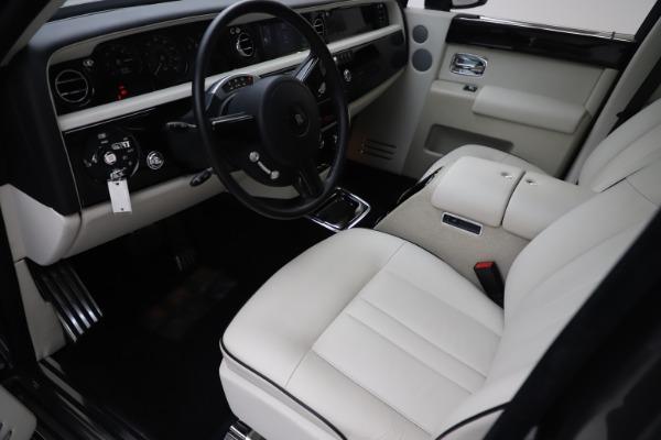 Used 2013 Rolls-Royce Phantom for sale Sold at Maserati of Westport in Westport CT 06880 9