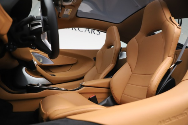 New 2020 McLaren GT Coupe for sale $236,675 at Maserati of Westport in Westport CT 06880 16