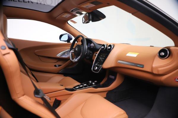 New 2020 McLaren GT Coupe for sale $244,675 at Maserati of Westport in Westport CT 06880 18