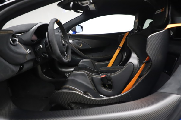 Used 2019 McLaren 600LT for sale $255,900 at Maserati of Westport in Westport CT 06880 14