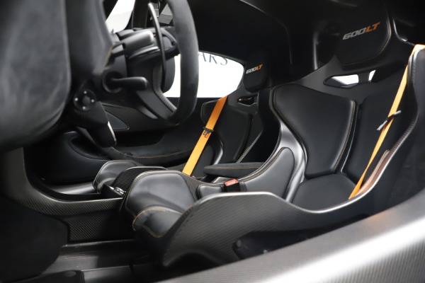 Used 2019 McLaren 600LT for sale $255,900 at Maserati of Westport in Westport CT 06880 15