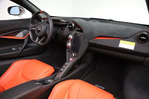New 2020 McLaren 720S Spider Performance for sale $386,289 at Maserati of Westport in Westport CT 06880 23