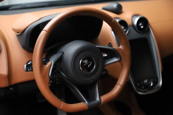 Used 2017 McLaren 570S for sale $154,900 at Maserati of Westport in Westport CT 06880 16