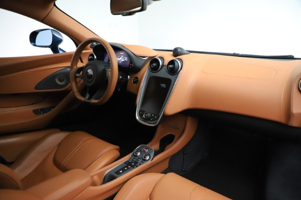 Used 2017 McLaren 570S for sale $154,900 at Maserati of Westport in Westport CT 06880 18