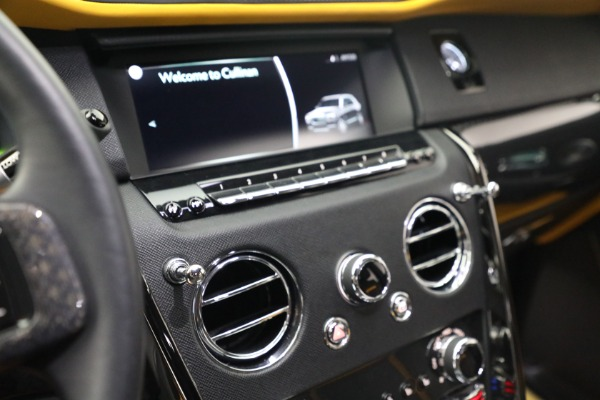 New 2020 Rolls-Royce Cullinan Black Badge for sale $436,275 at Maserati of Westport in Westport CT 06880 28