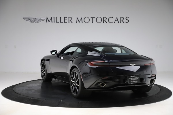 Used 2017 Aston Martin DB11 V12 for sale $129,900 at Maserati of Westport in Westport CT 06880 5