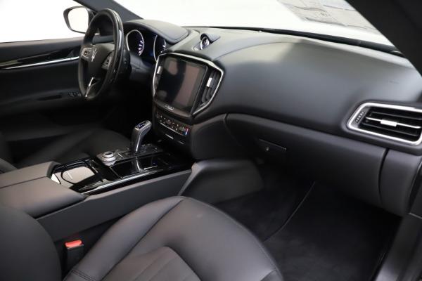 New 2019 Maserati Ghibli S Q4 for sale $91,165 at Maserati of Westport in Westport CT 06880 21