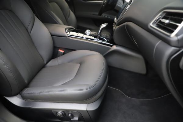 New 2019 Maserati Ghibli S Q4 for sale $91,165 at Maserati of Westport in Westport CT 06880 23