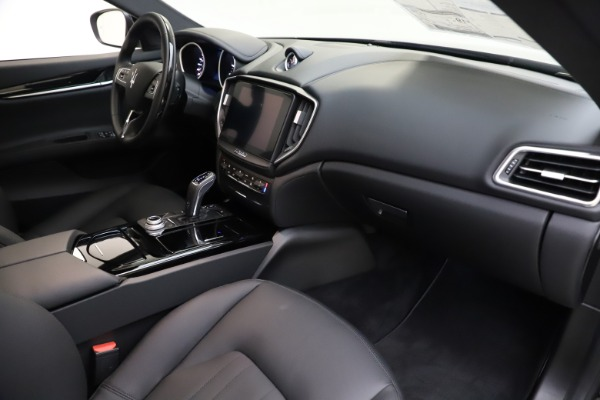New 2019 Maserati Ghibli S Q4 for sale $91,165 at Maserati of Westport in Westport CT 06880 21