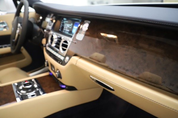 New 2020 Rolls-Royce Dawn for sale Sold at Maserati of Westport in Westport CT 06880 27