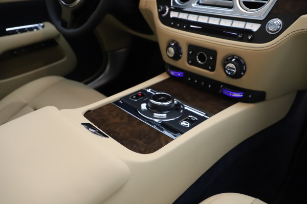New 2020 Rolls-Royce Dawn for sale $382,100 at Maserati of Westport in Westport CT 06880 28