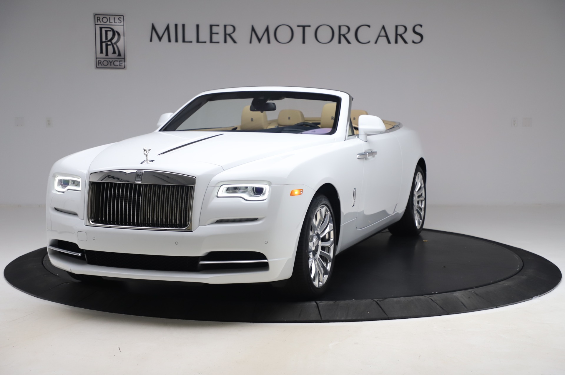 New 2020 Rolls-Royce Dawn for sale $382,100 at Maserati of Westport in Westport CT 06880 1