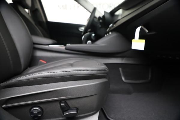 New 2020 Alfa Romeo Giulia Ti Q4 for sale $49,245 at Maserati of Westport in Westport CT 06880 23