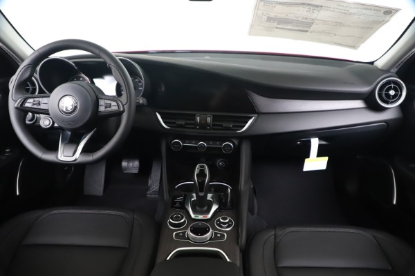 New 2020 Alfa Romeo Giulia Ti Q4 for sale $42,745 at Maserati of Westport in Westport CT 06880 15