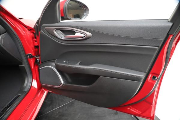 New 2020 Alfa Romeo Giulia Ti Q4 for sale $47,745 at Maserati of Westport in Westport CT 06880 24