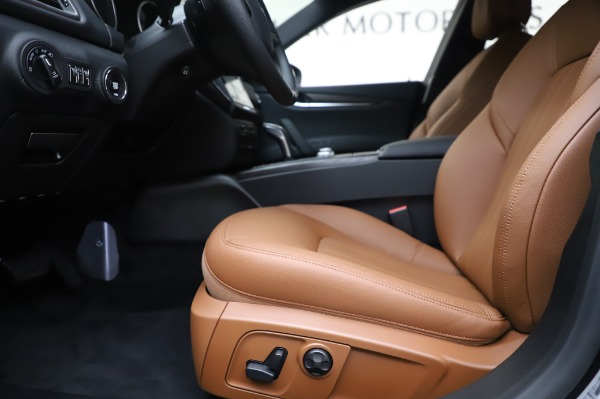 New 2020 Maserati Ghibli S Q4 for sale $82,385 at Maserati of Westport in Westport CT 06880 14