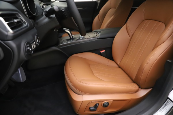 New 2020 Maserati Ghibli S Q4 for sale $82,385 at Maserati of Westport in Westport CT 06880 15