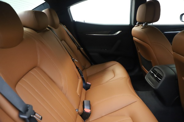 New 2020 Maserati Ghibli S Q4 for sale $82,385 at Maserati of Westport in Westport CT 06880 27