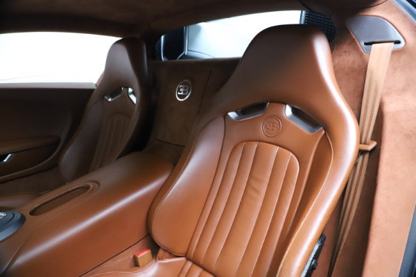 Used 2008 Bugatti Veyron 16.4 for sale Call for price at Maserati of Westport in Westport CT 06880 13
