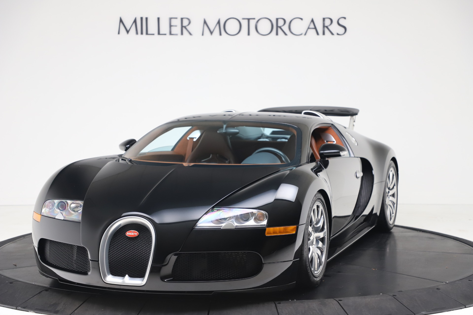 Used 2008 Bugatti Veyron 16.4 for sale Call for price at Maserati of Westport in Westport CT 06880 1